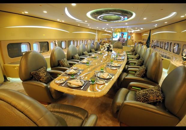 Самый дорогой в мире частный самолёт роскошь