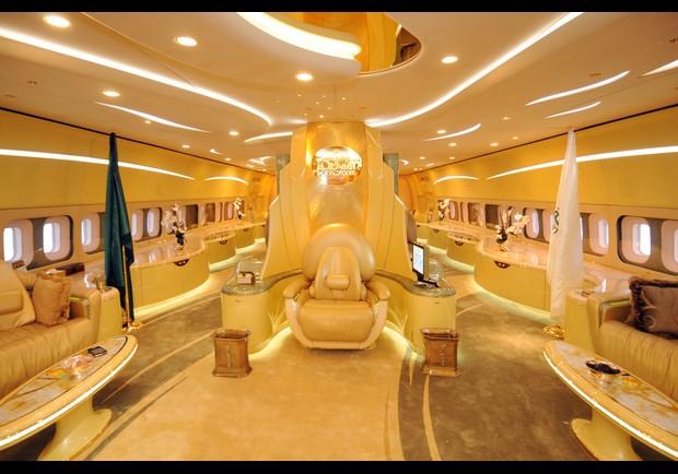 Самый дорогой в мире частный самолёт салон