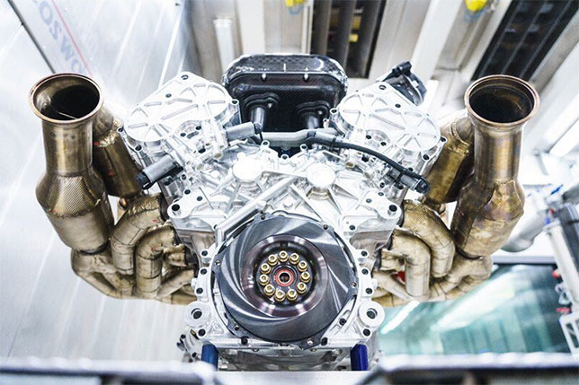 Cosworth представил V12
