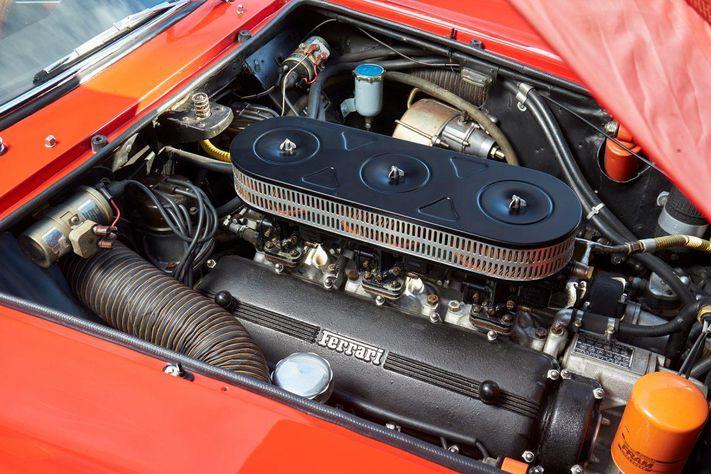 Ferrari 250 SWB двигатель