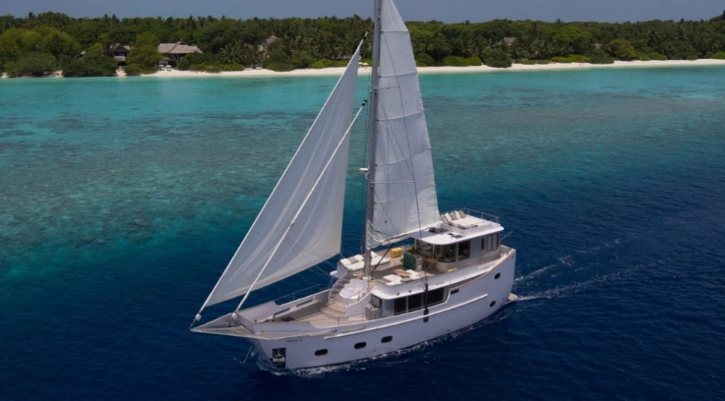 Роскошная яхта Soneva Aqua