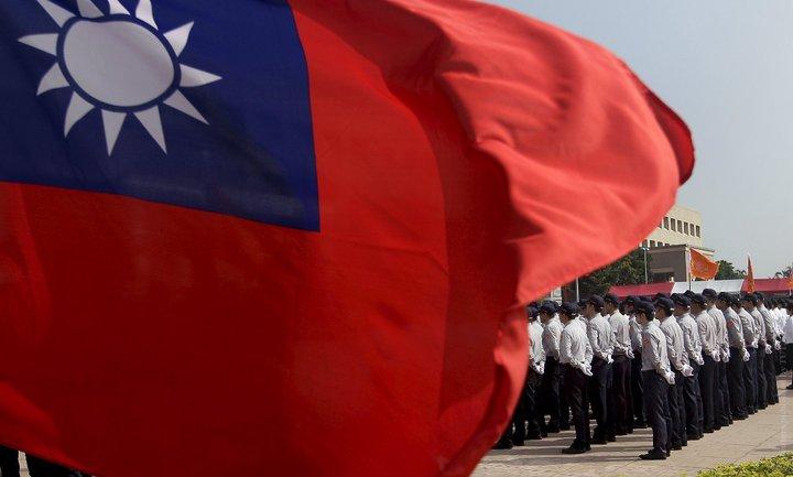 Тайвань просит