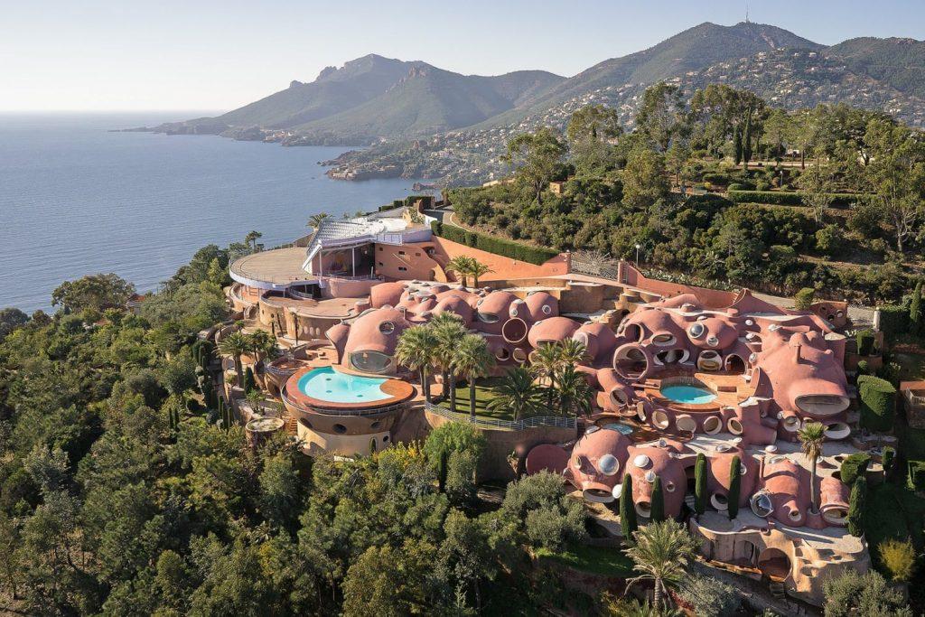 Один из самых дорогих домов в мире Bubble Palace