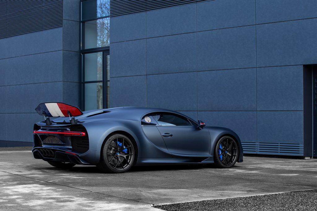 обзор Chiron Sport 110 ans Bugatti