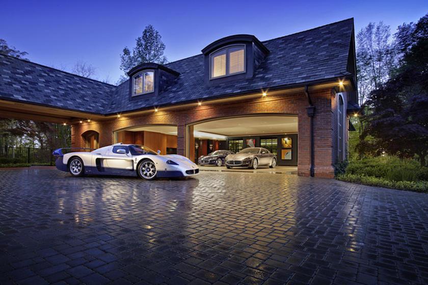 мазер и крутой гараж