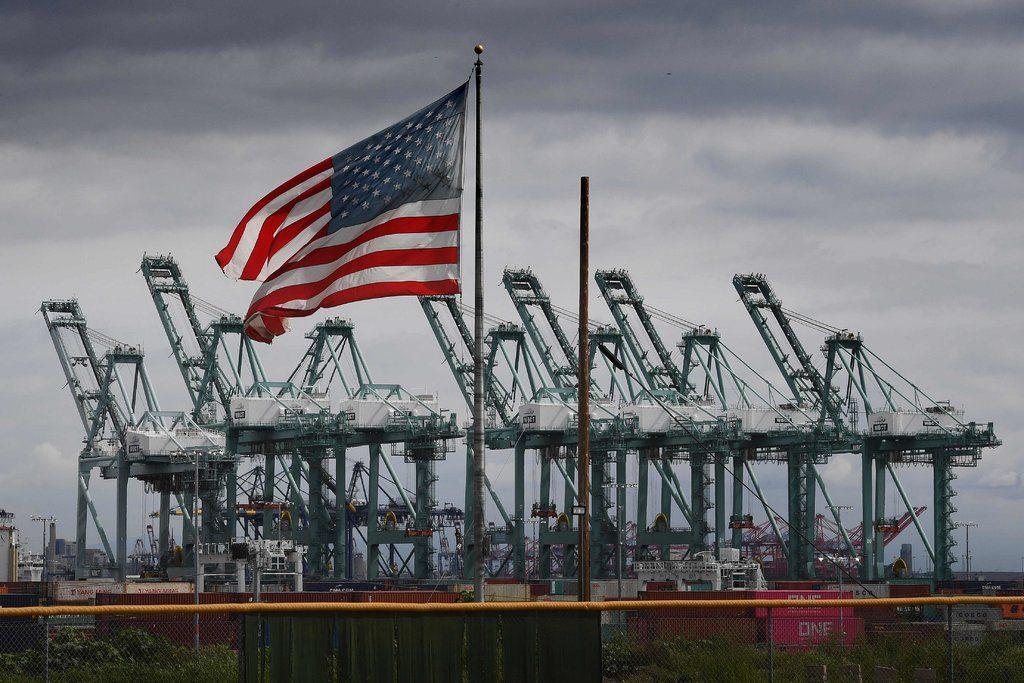 дефицит торгового баланса США