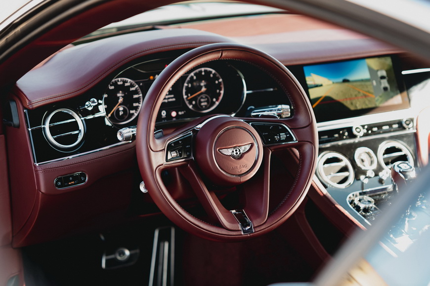 интерьер Bentley Continental GT