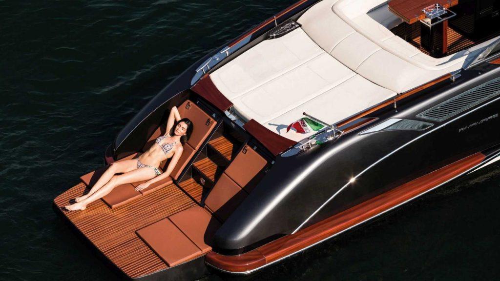 характеристики моторной лодки Riva Rivamare