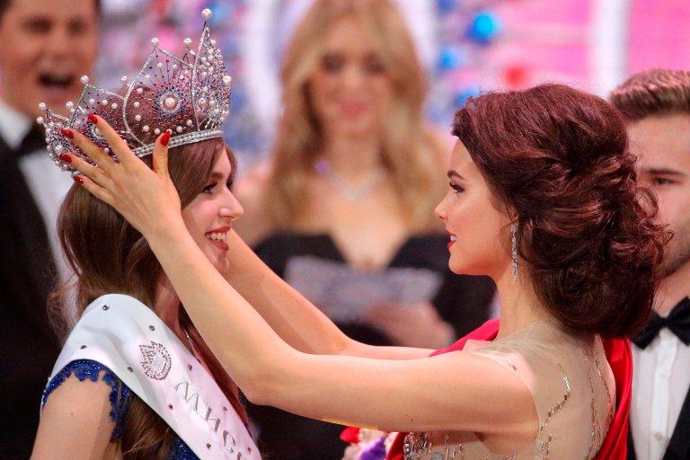 Корону победительнице