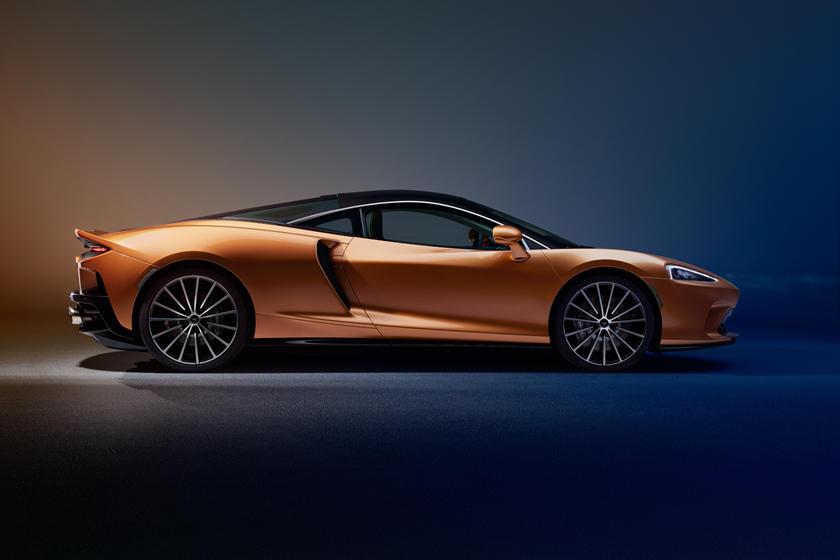 обзор McLaren GT