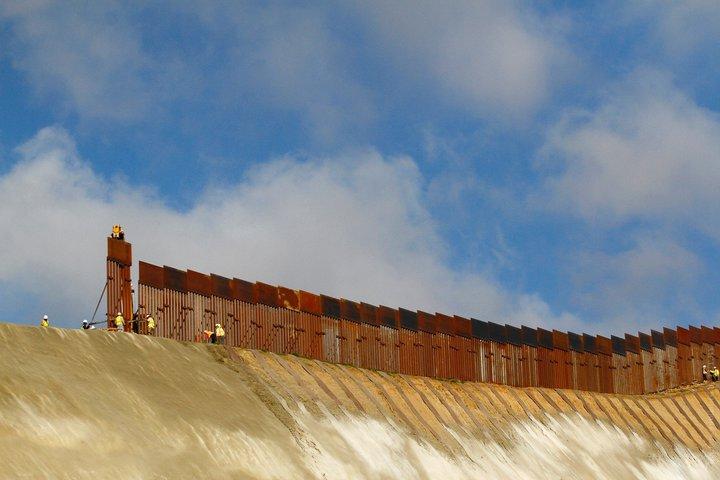 строительство стены
