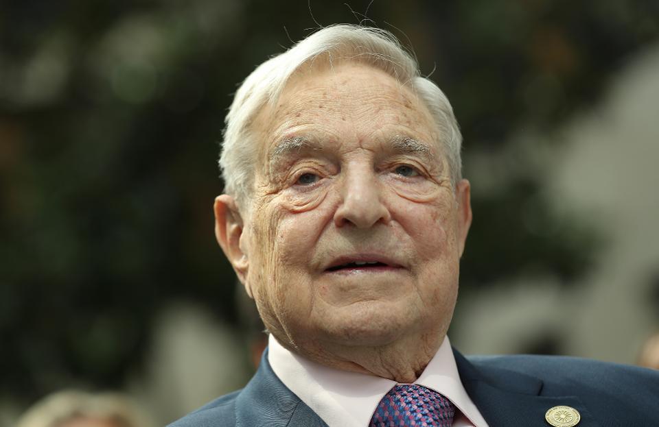 Джордж Сорос призывает ввести налог на богатство