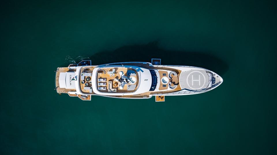 Яхта сецилия