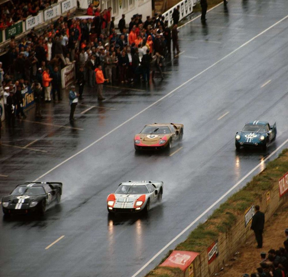 Финиш «24 часов Ле-Мана» '66.