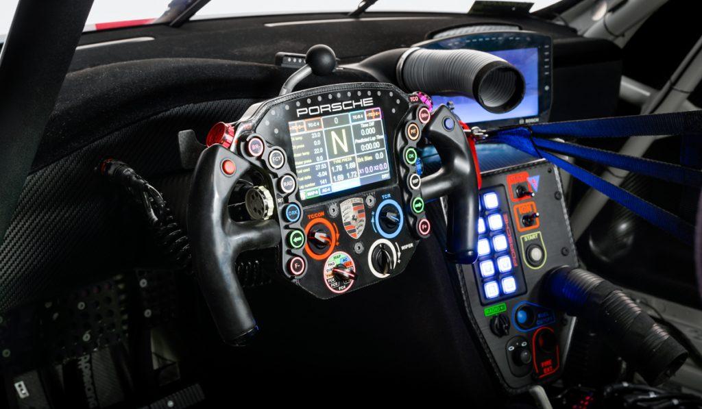 салон 911 RSR