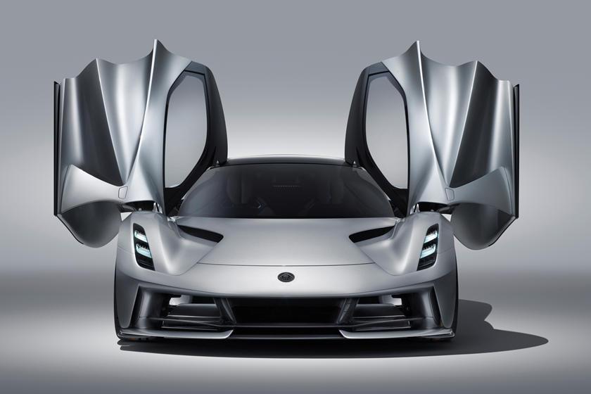 двери крылья Lotus Evija
