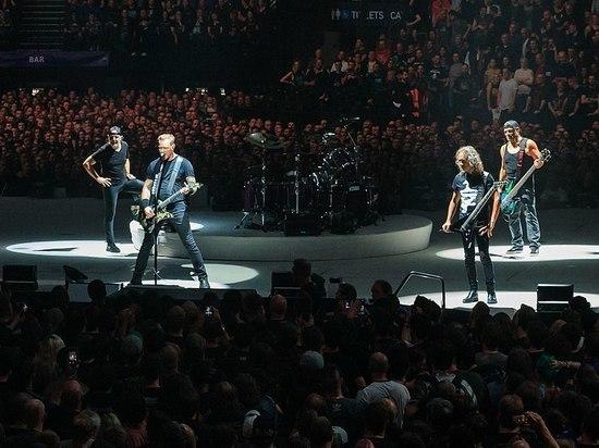 """Metallica исполнила песню Цоя """"Группа крови"""""""