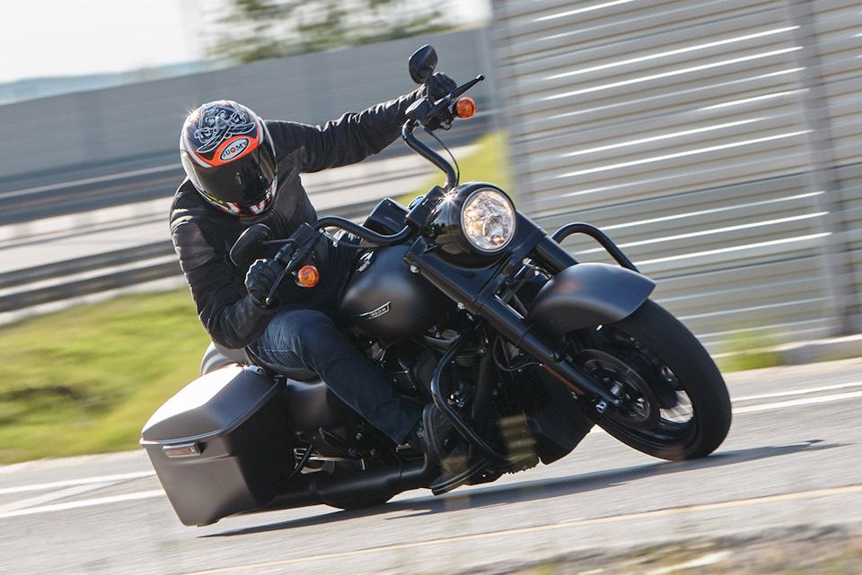 Harley-Davidson Road King Special: 1745 см³