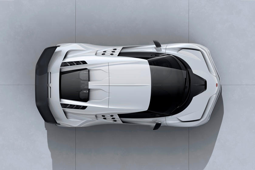 Bugatti Centodieci современная интрепретация EB110 SS