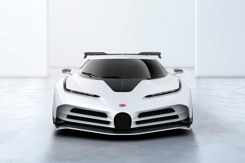 Bugatti Centodieci в фас