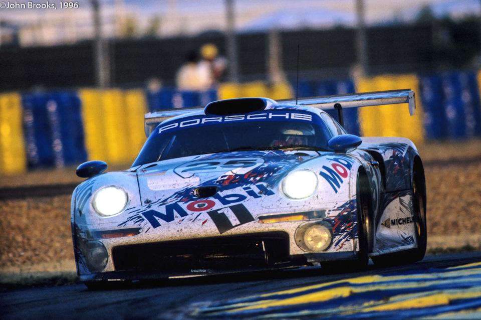 911 GT1 на Сартэ