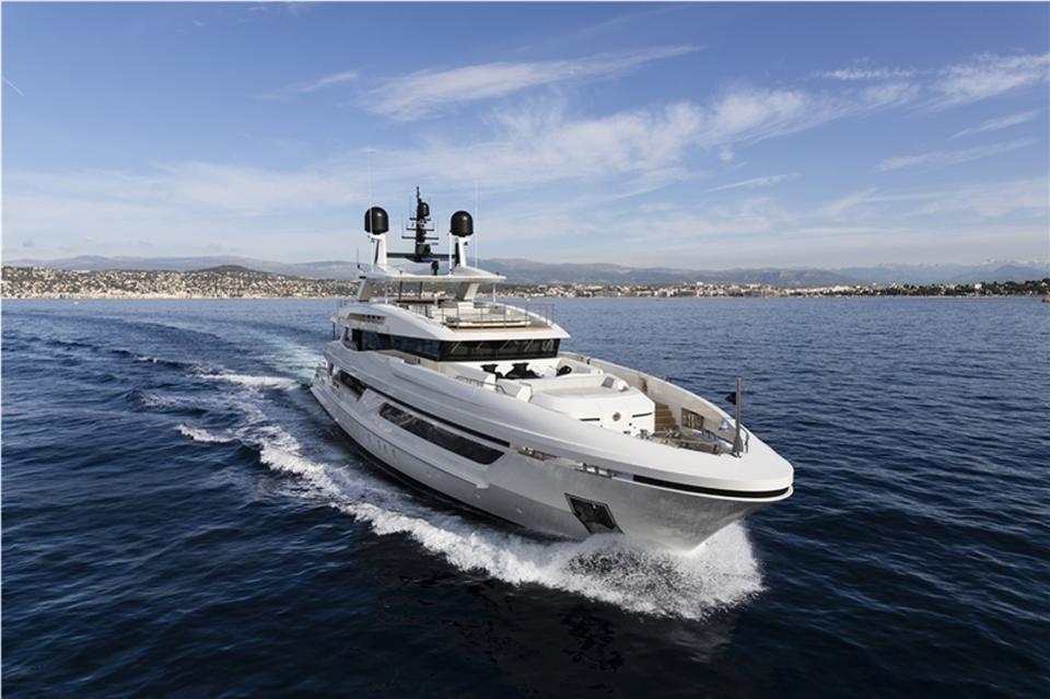 яхта BAGLIETTO 48M T-LINE