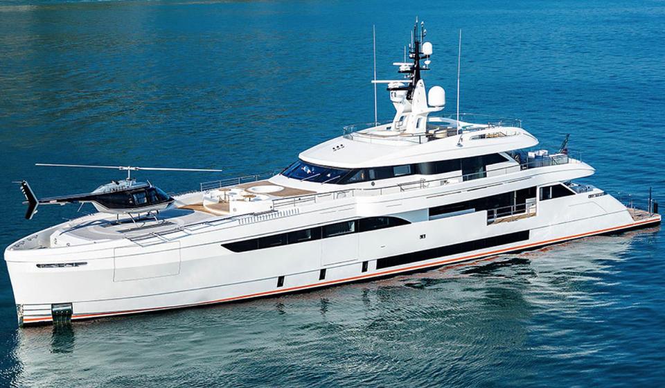 яхта M/Y CECILIA 165