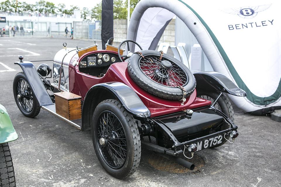 двухместный 3,0-литровый Sports Tourer