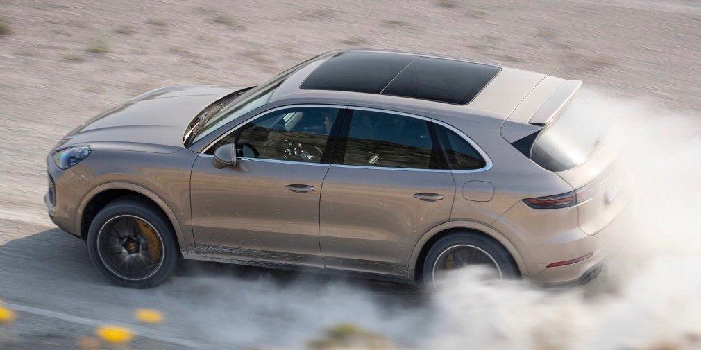 Видео Porsche Cayenne на треке