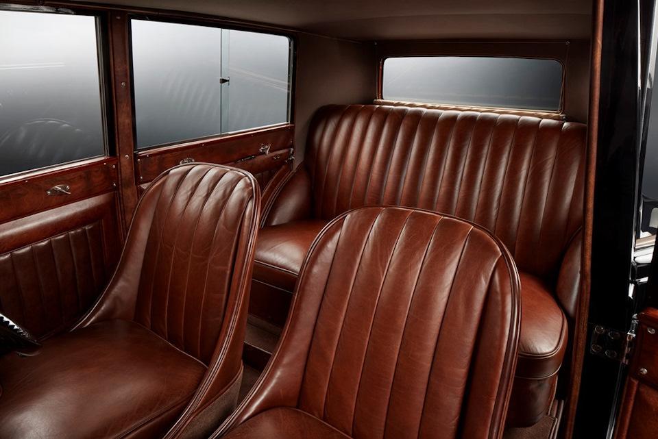 интерьер Bentley 8