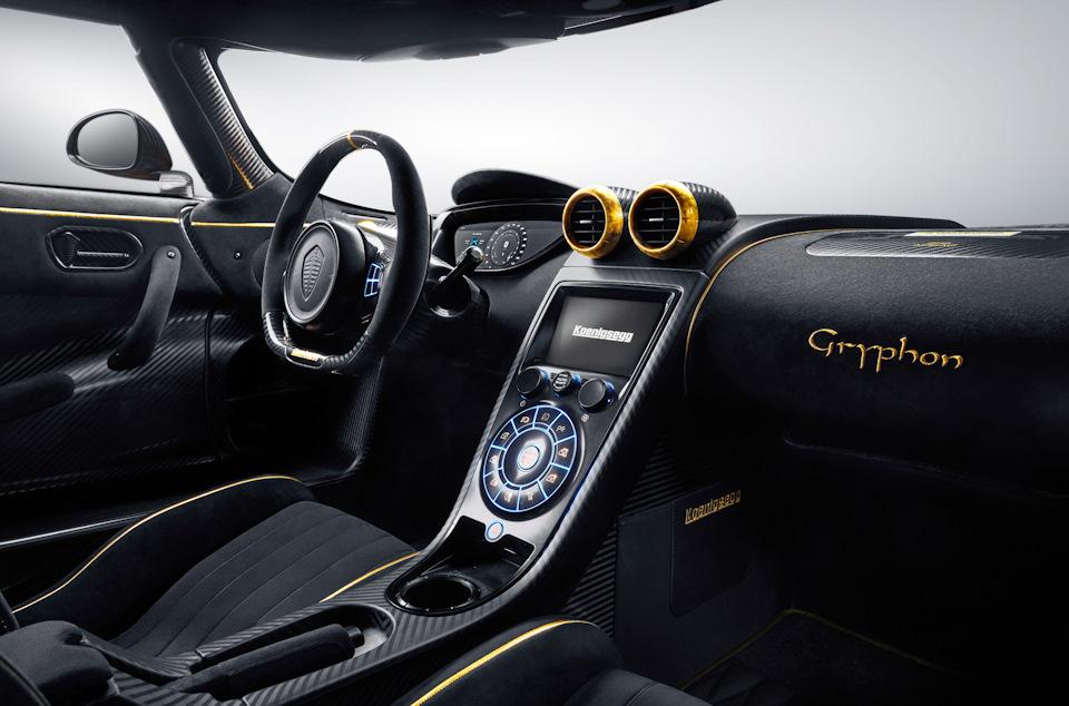 Koenigsegg интерьер