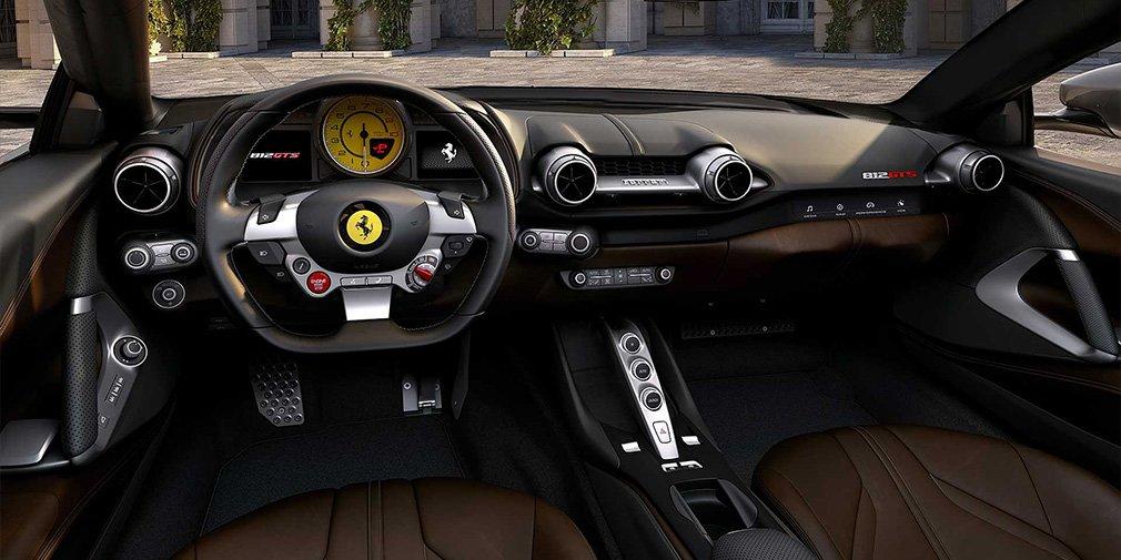Ferrari 812 GTS интерьер