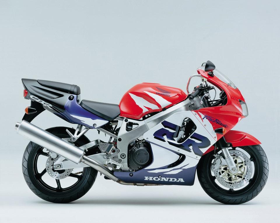 1998-1999 Honda CBR900RR-W/X (919 см³, 131 л.с., 180 кг) SC33