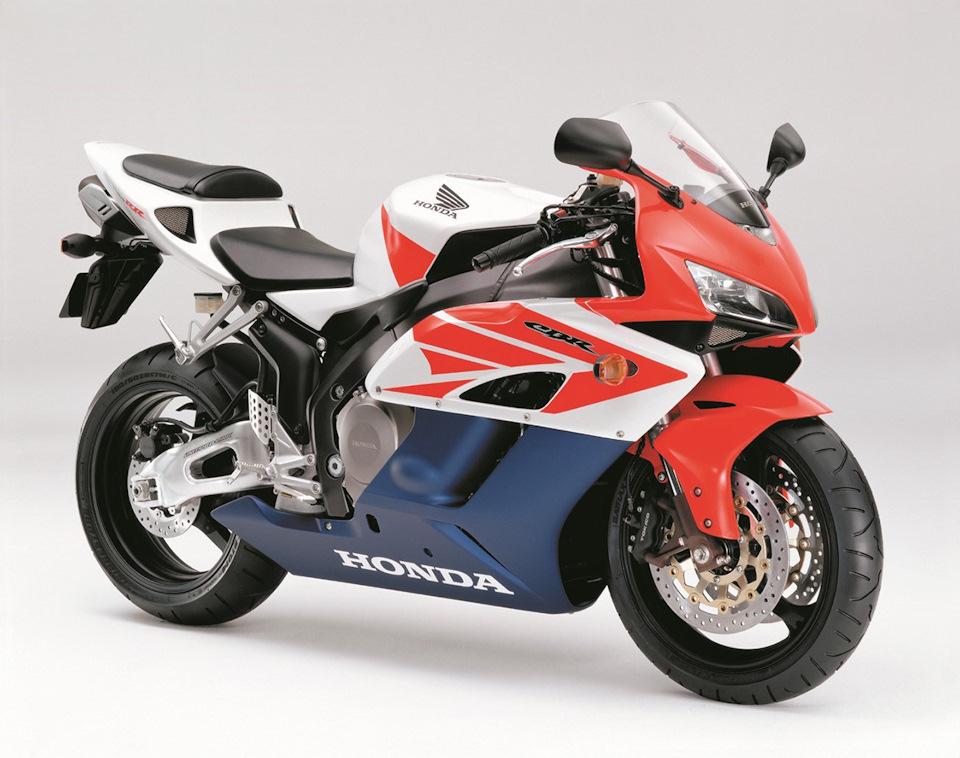 2004-2005 Honda CBR1000RR-4/5 (998 см³, 171 л.с., 208 кг (снаряжён.)) SC57