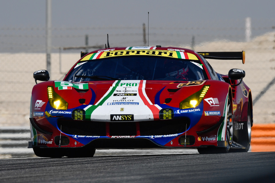 Ferrari 488 Pista гоночная