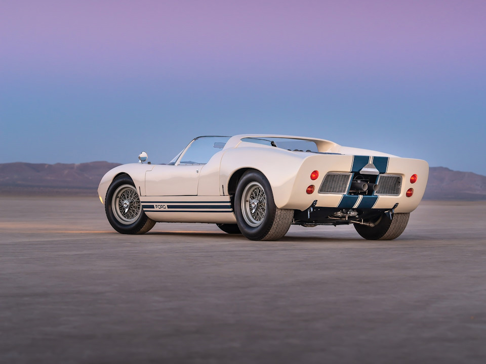 Ford GT40 Roadster фото