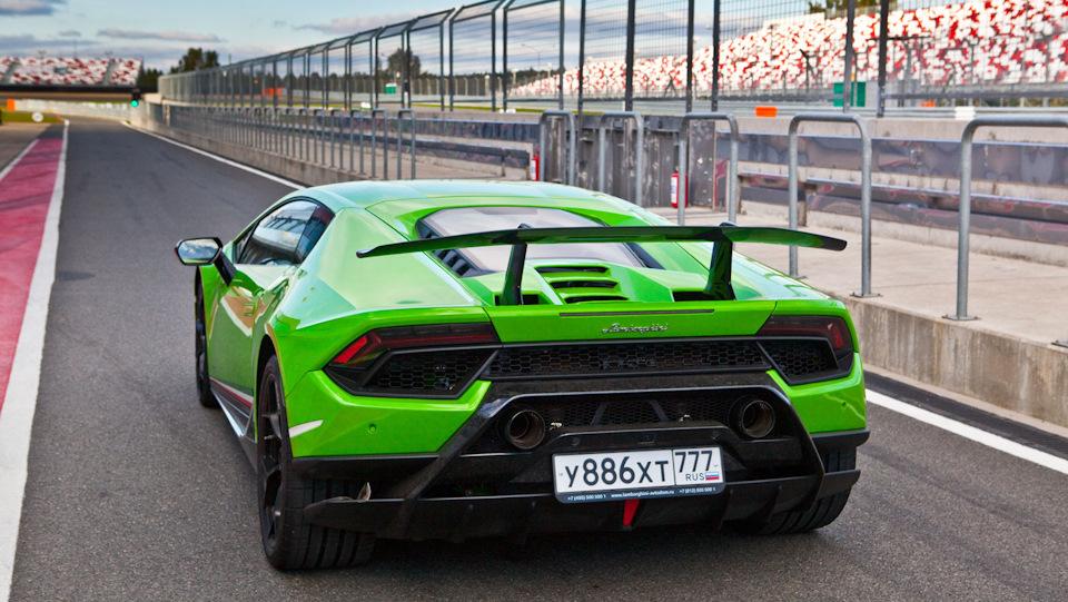 Lamborghini Huracan Performante фото