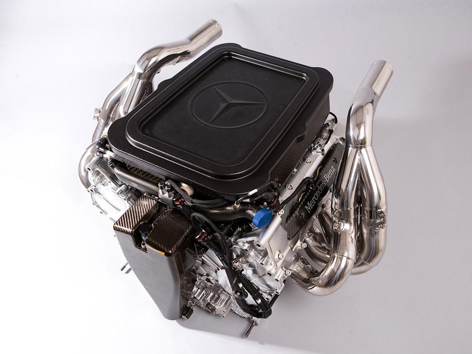 Mercedes-Benz FO108W.