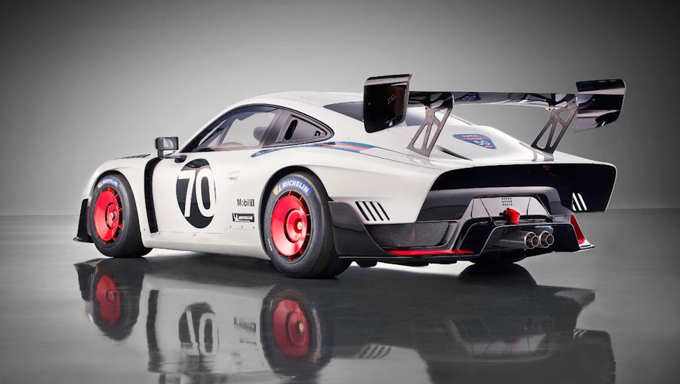 Porsche 935 заимствовали детали от других гоночных машин