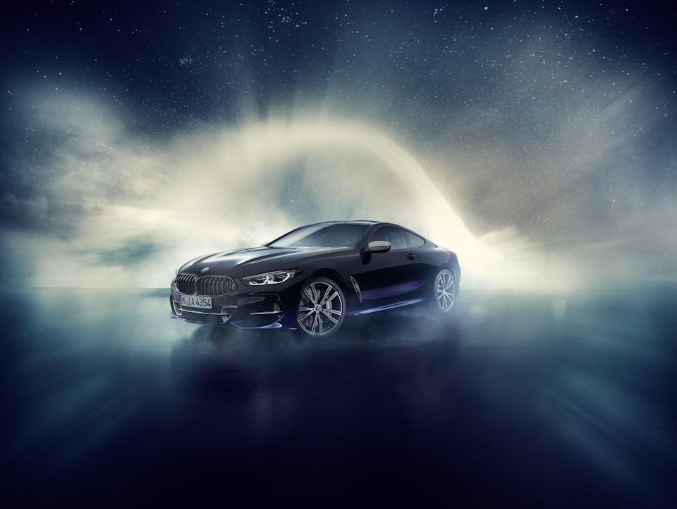 BMW 8 Series фото