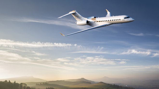 Bombardier Global 6500 в полёте