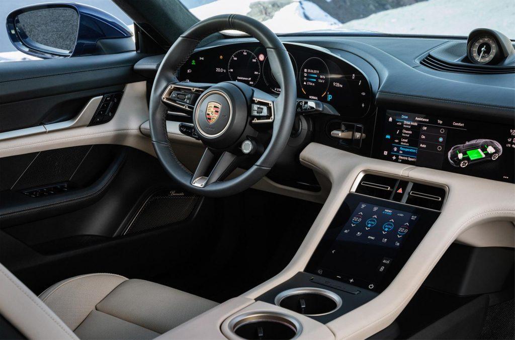 Porsche Taycan салон