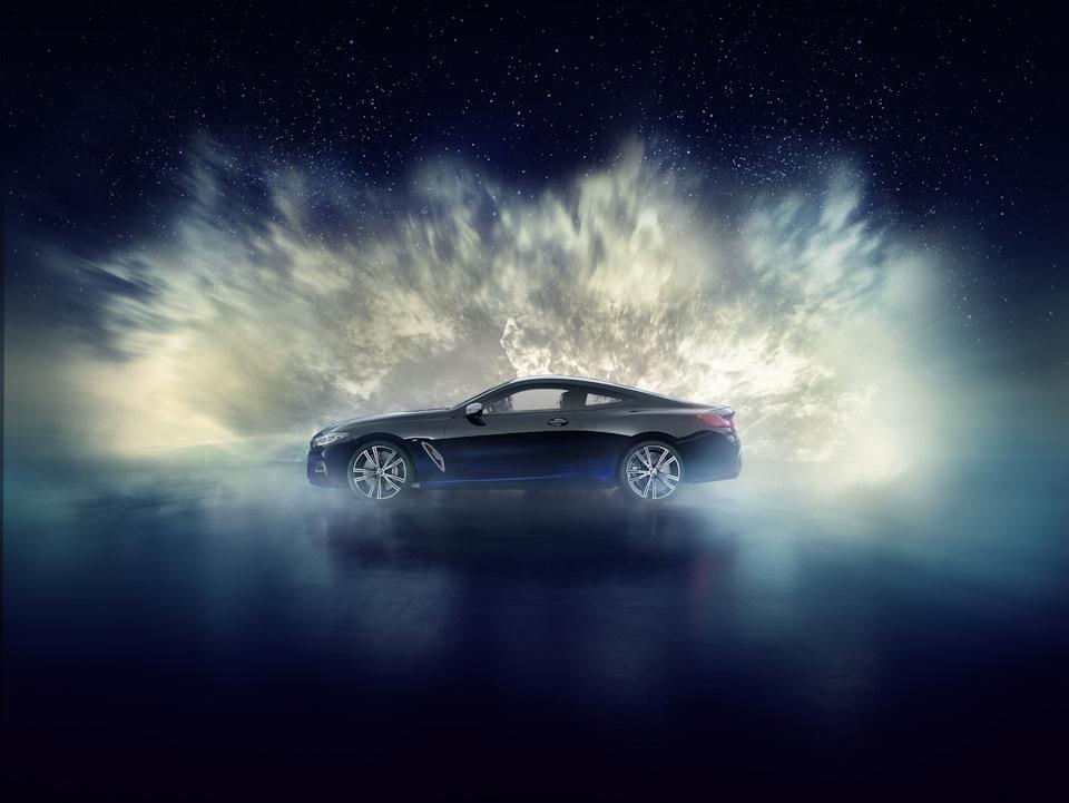 BMW 8 Series вид сбоку