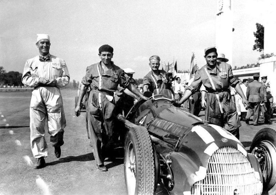 Нино Фарина перед стартом Гран При Италии '50
