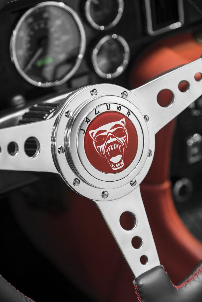 руль Jaguar XJ6 Greatest Hits