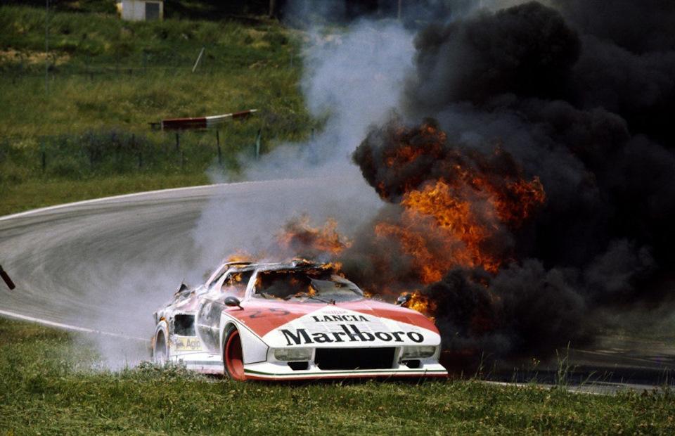 Lancia Stratos Turbo больше запомнилась эффектным пожаром