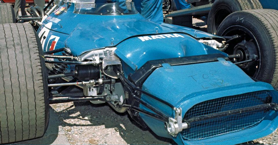 Передняя часть Matra MS84 Ford