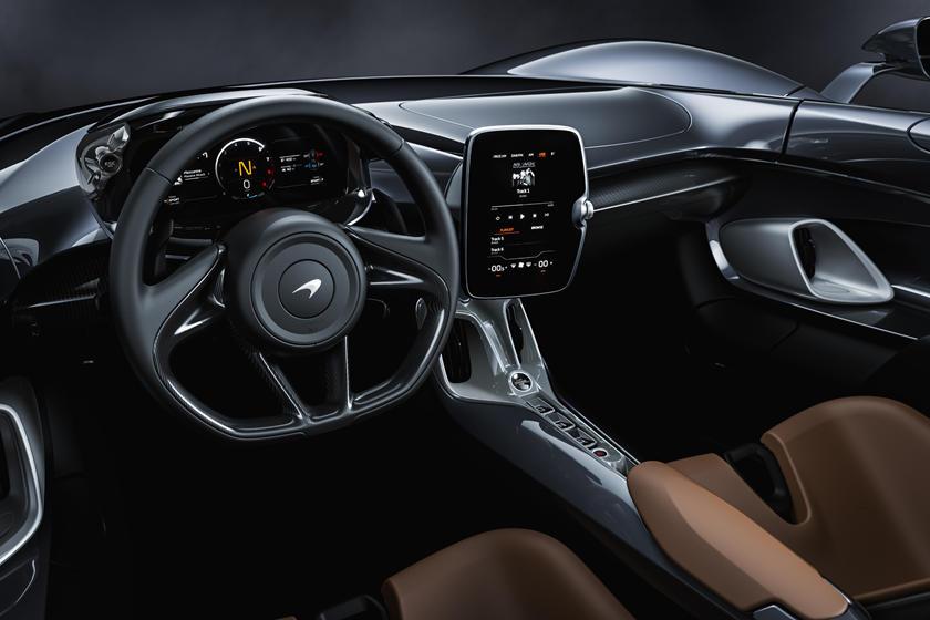 интерьер McLaren Elva