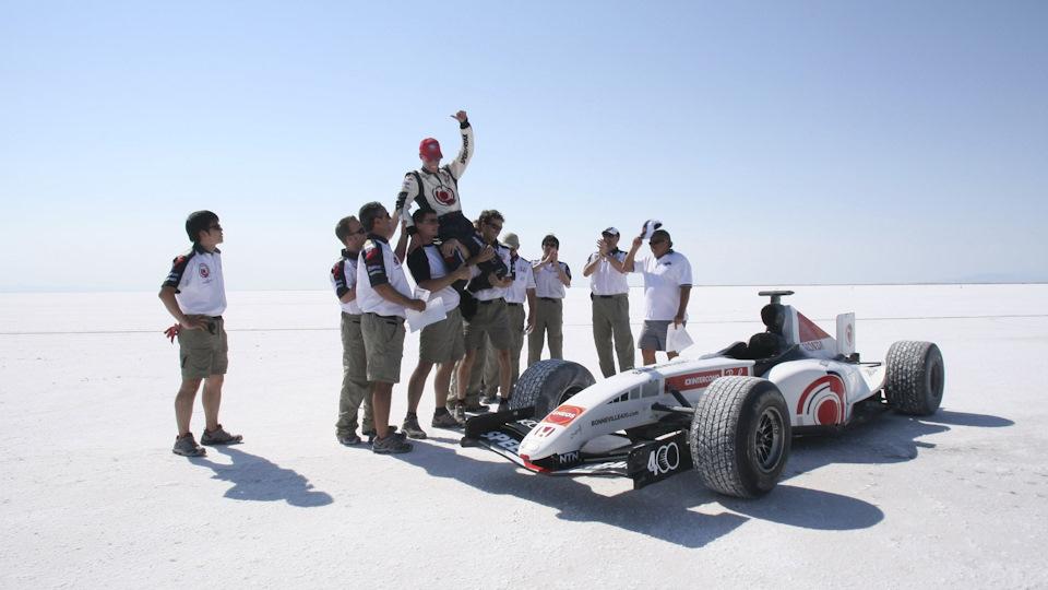 рекордом скорости для автомобилей Формулы-1