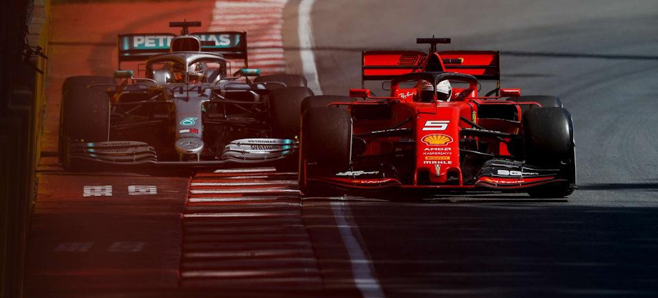 Льюис стал бить рекорды за Mercedes, а Себастьян перешел в Ferrari